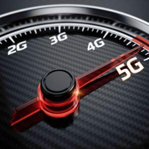 Millimeter Wave Center Slot Antenna for 5G Applications