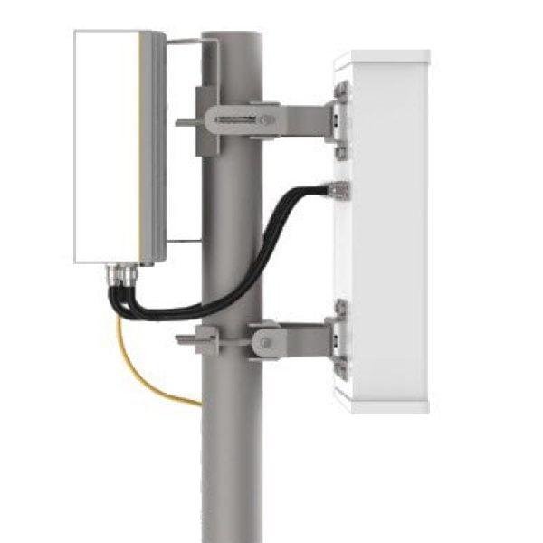 Millimeter Wave Doughnut Slot MIMO Antenna